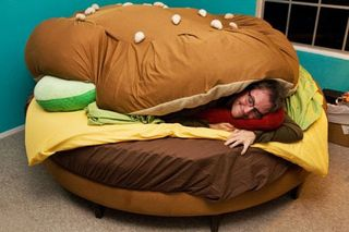 Burger-bed-2_large